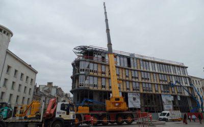 Pose de structure métallique sur un bâtiment à Poitiers (86)